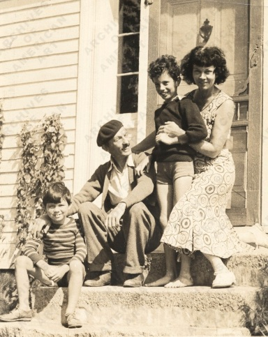 Kimon Nicolaїdes with Ann, Gifford, and Philip in New Hampshire, from the Mamie Harmon papers relating to Kimon Nicolaides - Image Gallery | Archives of American Art, Smithsonian Institution