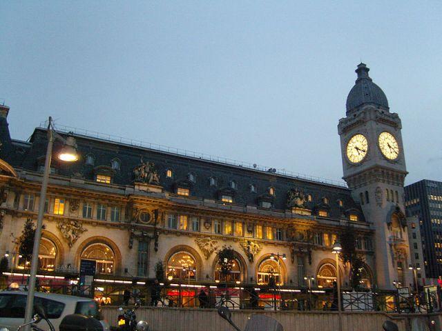 800px-2192437358_51c98ca4b0_b_Gare_de_Lyon