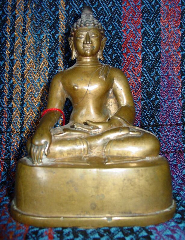 Shakyamuni, indian face, very old, 5.5-inches tall bronze